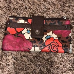 Relic flowered wallet